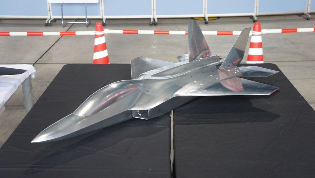 Истребитель 5-го поколения