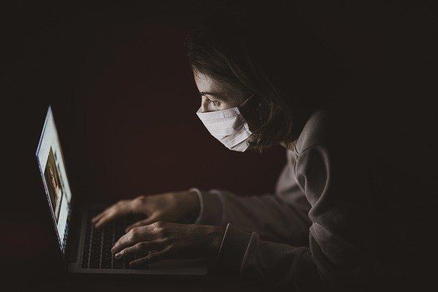 Топ-5 самых опасных вирусов 21 века