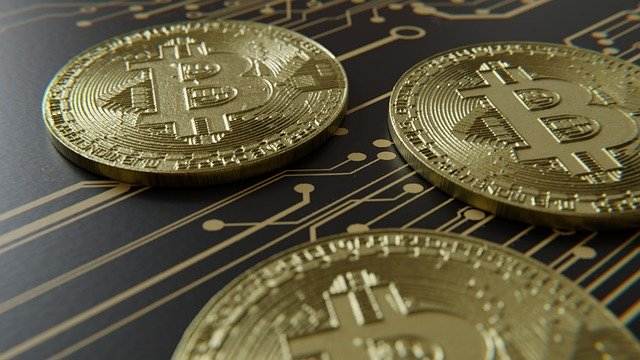 Кто зарабатывает на криптовалютах